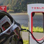 las-electricas-se-introducen-en-el-sector-de-los-coches-electricos