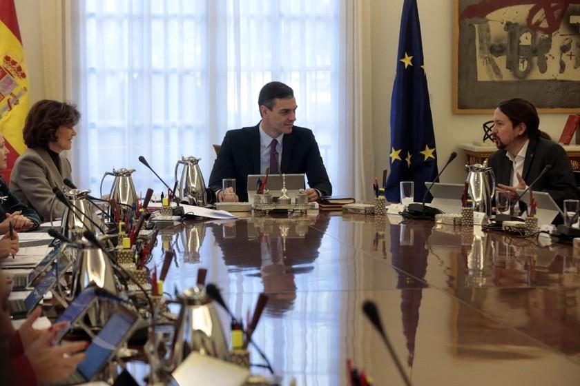 el-gobierno-buscara-huir-del-deficit-marcado-para-2020