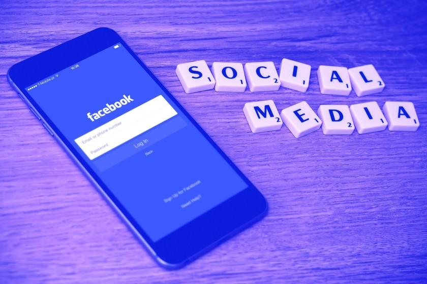 facebook-volatiliza-en-un-solo-dia-30.000-millones-de-dolares-de-capitalizacion:-¿que-le-esta-pasando-a-la-compania?