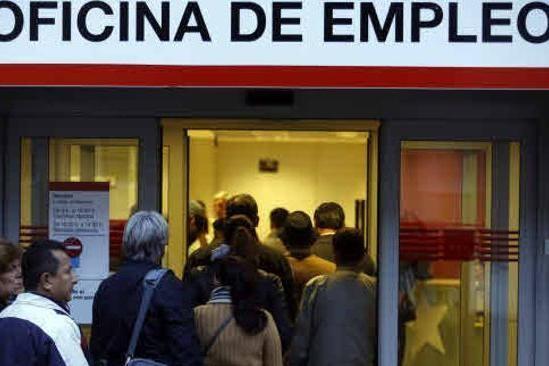 asi-fue-la-reforma-laboral-de-2012-que-ahora-se-quiere-derogar:-flexibilidad-de-las-empresas,-combatir-la-dualidad-y-politicas-activas-de-empleo