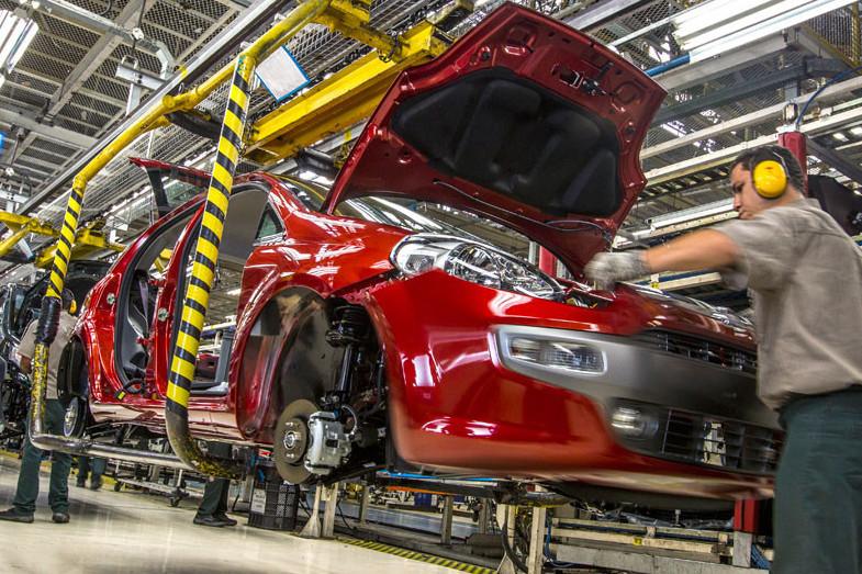 rescate-al-sector-del-automovil:-las-matriculaciones-de-coches-caen-un-72%-en-mayo