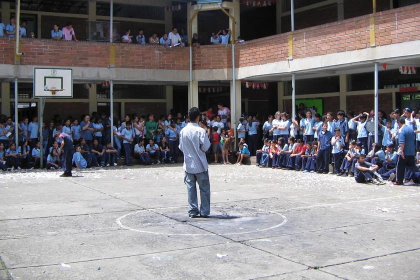 a-vueltas-con-el-ratio:-reducir-el-numero-de-alumnos-por-aula-no-es-la-solucion-magica-para-mejorar-la-educacion-en-espana