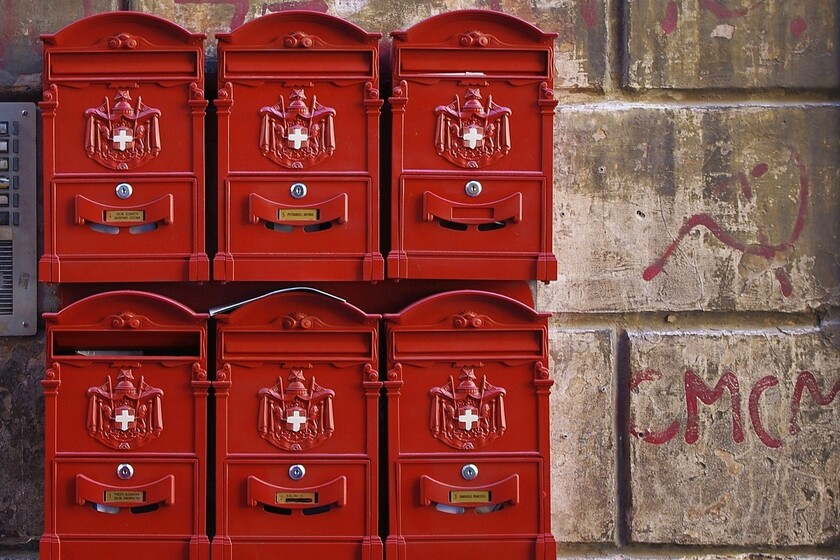 el-correo-es-clave-en-las-elecciones-de-eeuu,-pero-su-deterioro-impacta-tambien-a-muchas-empresas-de-internet:-amazon-toma-cartas-en-el-asunto