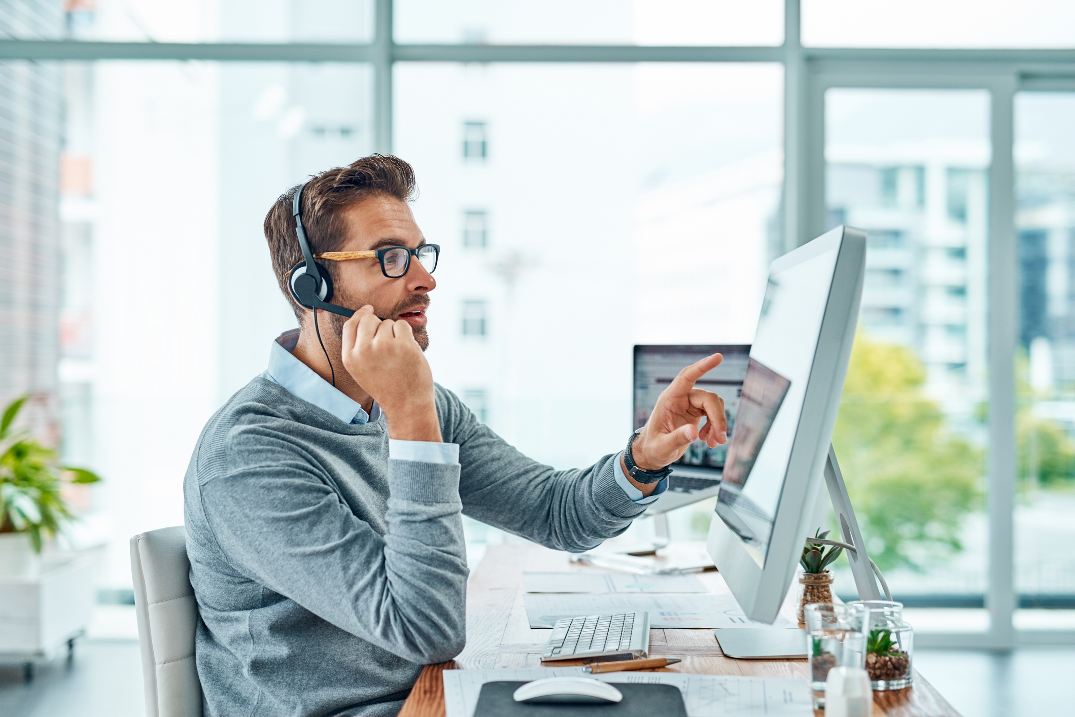 5-motivos-por-los-que-la-atencion-al-cliente-debe-de-estar-el-centro-de-tu-proceso-de-digitalizacion