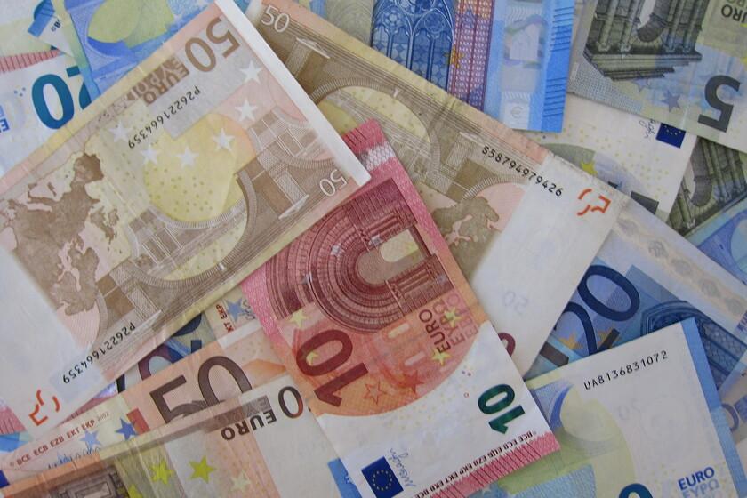espana-nunca-se-ha-financiado-de-forma-tan-barata:-asi-son-los-eurobonos-que-se-han-emitido-por-primera-vez