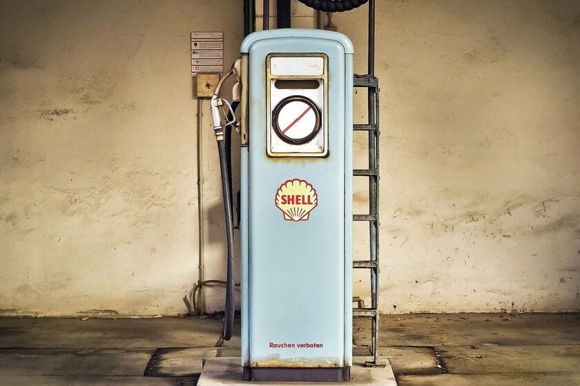 petroleras-como-repsol-estan-liquidando-activos-a-precio-de-saldo,-y-se-los-compran-los-que-quieren-ganar-el-ultimo-euro-con-el-petroleo