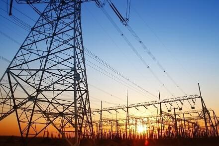 con-la-factura-de-la-luz-disparada-analizamos-si-la-cotizacion-de-las-electricas-se-ha-visto-beneficiada