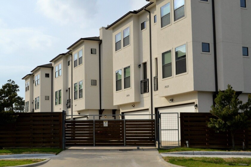 vamos-a-pagar-muchos-mas-impuestos-por-nuestras-viviendas:-asi-es-el-nuevo-valor-de-referencia-que-impone-el-gobierno